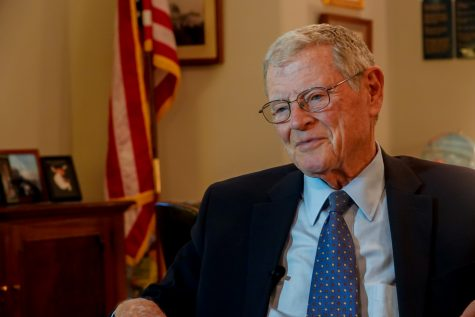 Sen. Inhofe flies plane upside-down, announcing he is still fit for reelection
