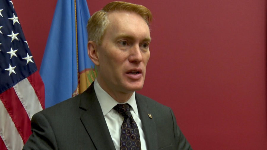 Oklahoma+Sen.+James+Lankford+speaks+to+Gaylord+News+on+Jan.+24+regarding+the+34-day+federal+government+shutdown.+Lankford+voted+Thursday+for+a+White+House+proposal%2C+which+failed+to+pass%2C+that+would+have+reopened+the+government+with+border+funding+and+limited+DACA+protection.+Victor+A.+Pozadas%2FGaylord+News