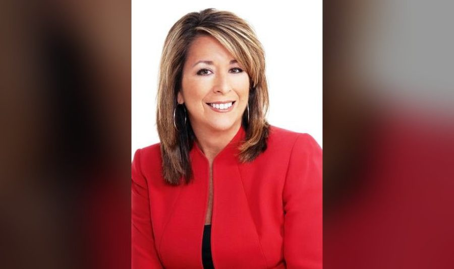 Cherokee+Ballard+has+been+the+communications+manager+for+Oklahoma+Natural+Gas+since+2011.+Her+career+spans+a+variety+of+experiences+as+a+journalist%2C+Cherokee+Nation+leader%2C+nonprofit+advocate+and+cancer+survivor.+%28Photo+provided%29