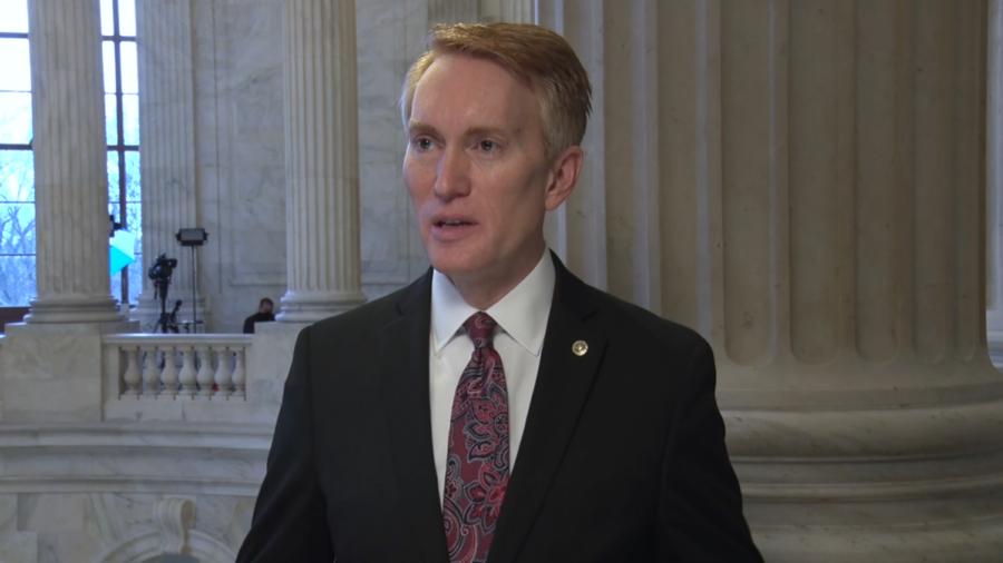 Senate Republicans Vote to Oppose Earmarks