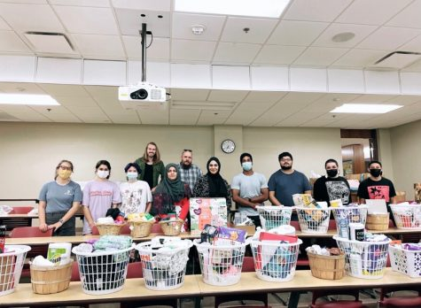 Volunteers organizing baskets from the Shia Student Association at the University of Oklahoma. (Provided/ OU Shia Student Association)